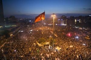 Manifestazione in piazza Taksim (Istanbul) 15 giugno 2013