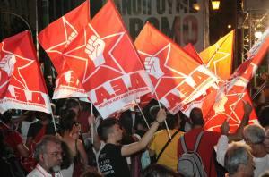 Bandiere DEA Manifestazione in Grecia