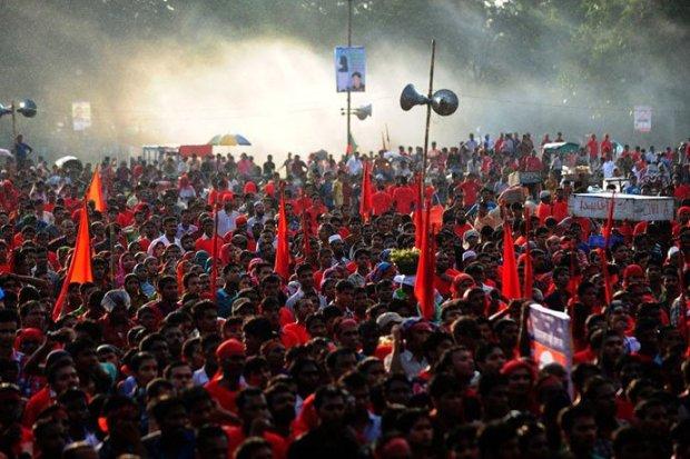 Sciopero_tessile_Bangladesh_2013_1