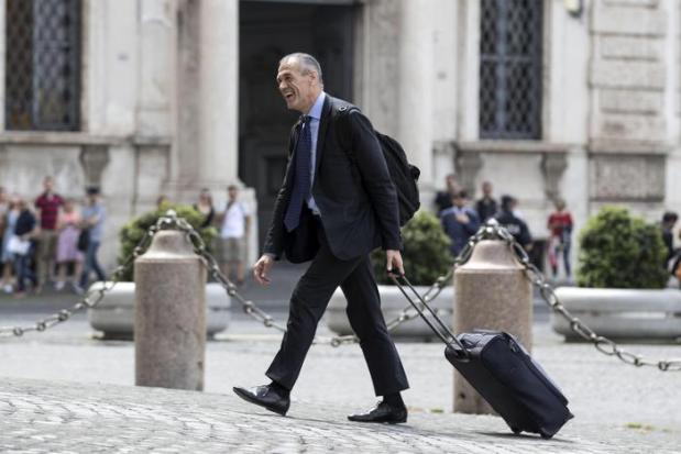 Cottarelli arriva al Quirinale